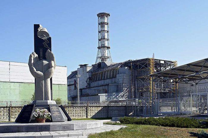 НЛО и 26-ая годовщина Чернобыльской катастрофы.